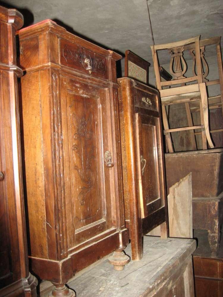 mobili antichi Brindisi: negozi di antiquariato a Brindisi