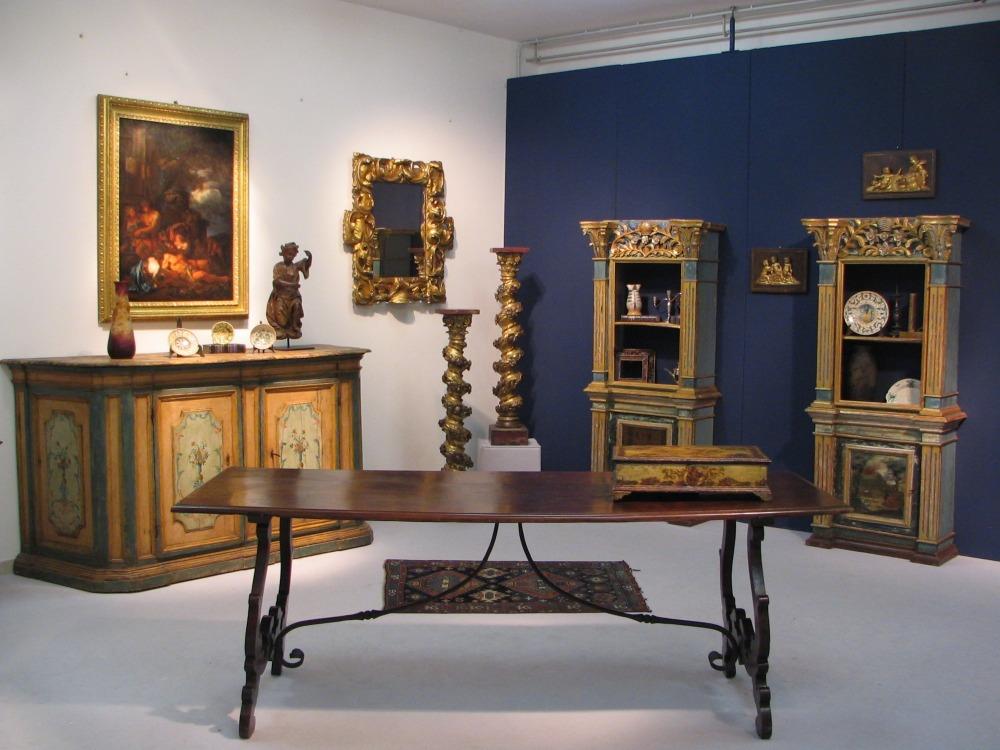 mobili antichi Torino: negozi di antiquariato a Torino