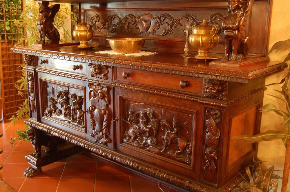 Epoche e quotazioni dei mobili epoche senza tempo epoche for Vendita di mobili